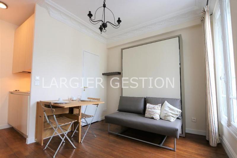 Location appartement Paris 9ème 856€ CC - Photo 1