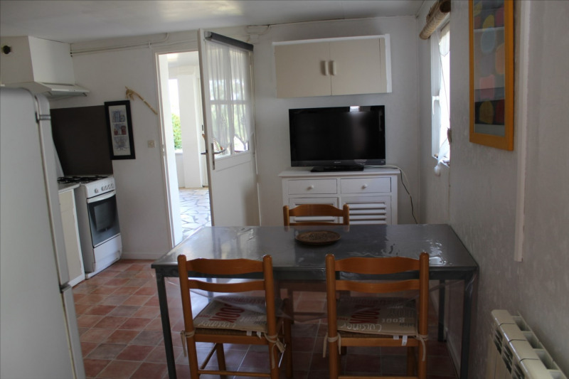 Vacation rental apartment Angoulins-sur-mer 240€ - Picture 4