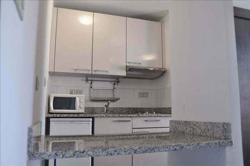 Location appartement Marseille 8ème 720€ CC - Photo 3