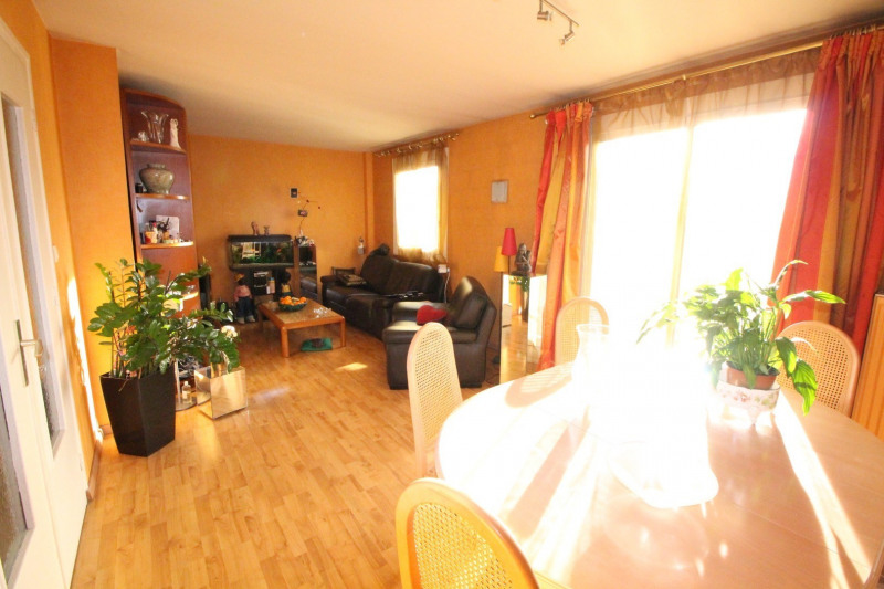 Sale apartment Grenoble 123 000€ - Picture 4