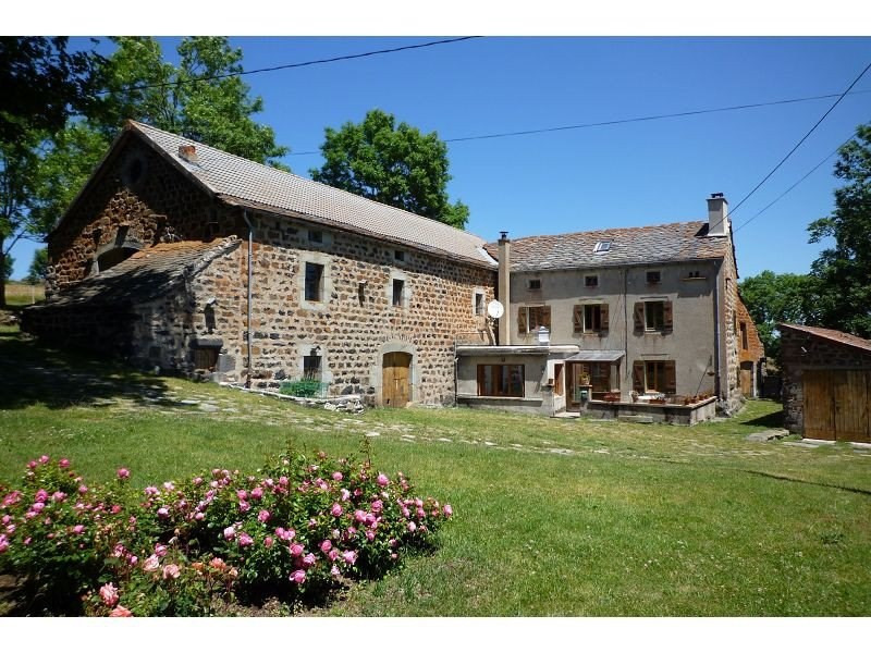 Sale house / villa Fay sur lignon 289000€ - Picture 1