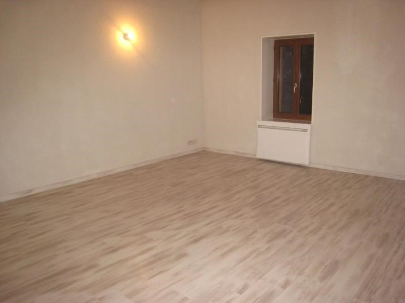 Location appartement Reignier-esery 1050€ CC - Photo 4