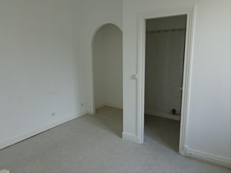 Location appartement Rochefort 525€ CC - Photo 4