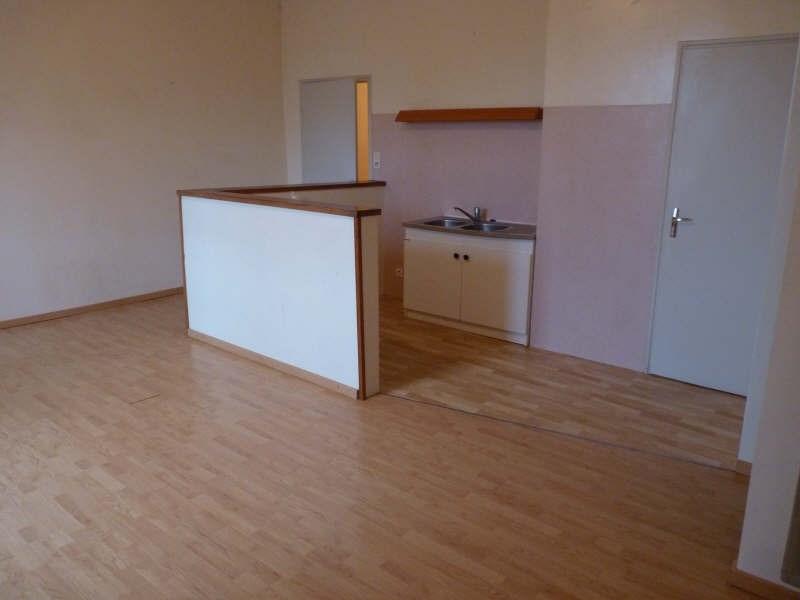 Location appartement La roche sur yon 481€ CC - Photo 1