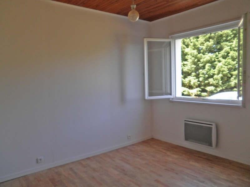 Rental house / villa Cussac sur loire 556,79€ CC - Picture 5