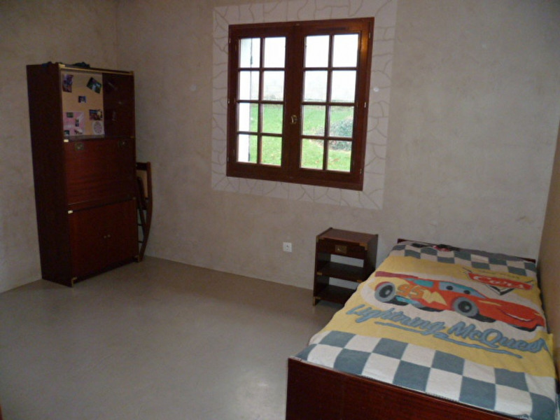 Sale house / villa Pommeuse 332000€ - Picture 5