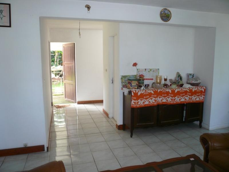 Sale house / villa La saline 295000€ - Picture 9
