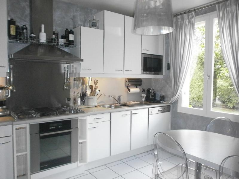 Sale house / villa Orgeval 572000€ - Picture 4