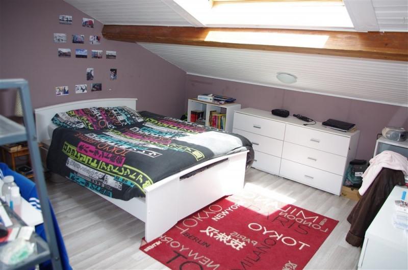 Vente maison / villa St genest lerpt 240000€ - Photo 9