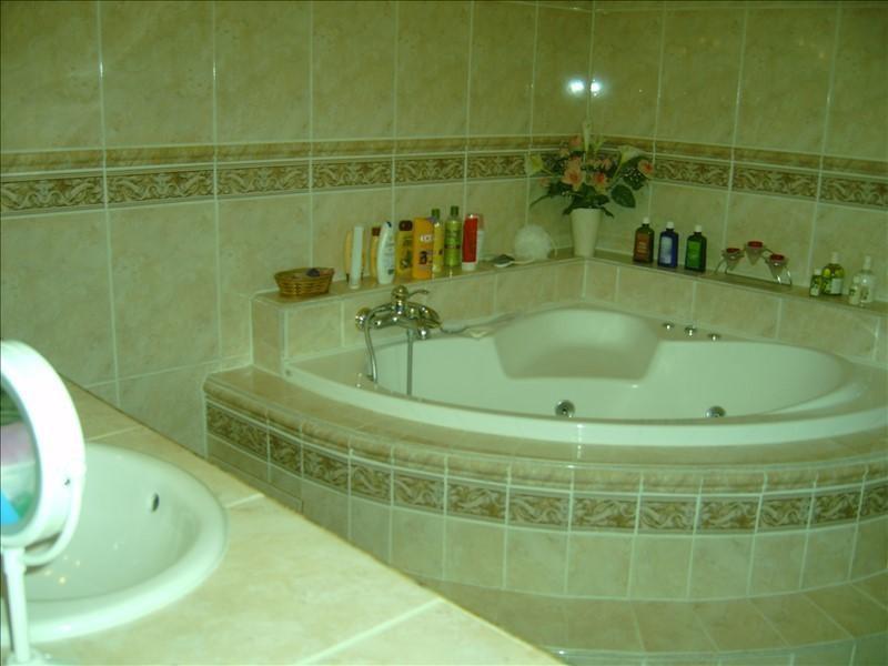 Vente maison / villa Courtenay 218000€ - Photo 5