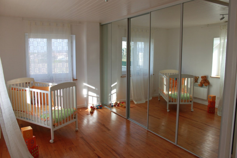 Sale house / villa Estrablin 360000€ - Picture 12