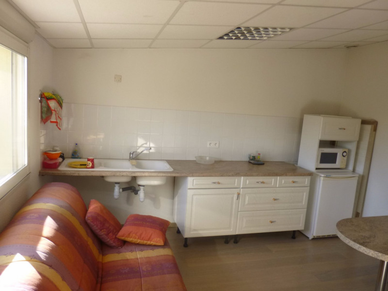 Location local commercial Morieres les avignon 4 000€ HC - Photo 8