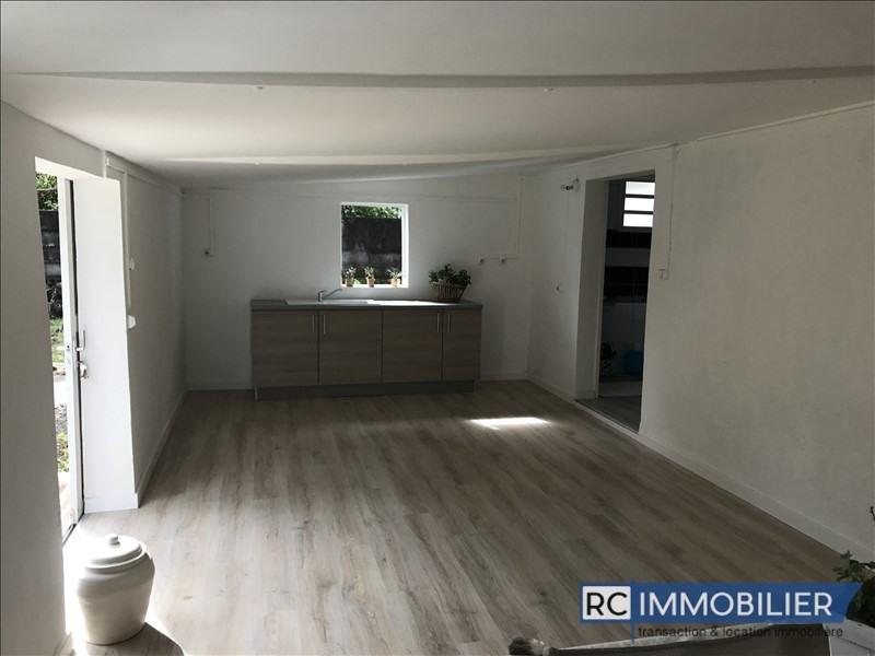 Sale house / villa St benoit 135000€ - Picture 2