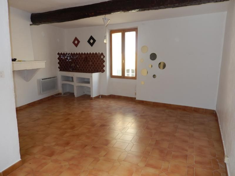 Location maison / villa Roquebrune sur argens 550€ CC - Photo 1
