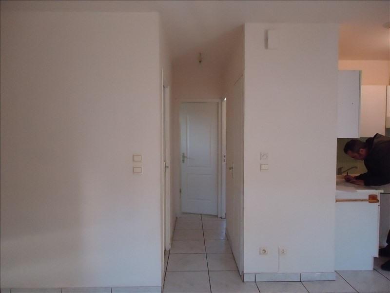 Rental apartment Saint genis des fontaines 490€cc - Picture 4