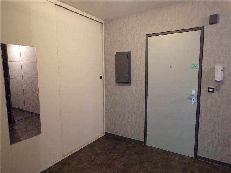 Location appartement Montigny le bretonneux 970€ CC - Photo 3