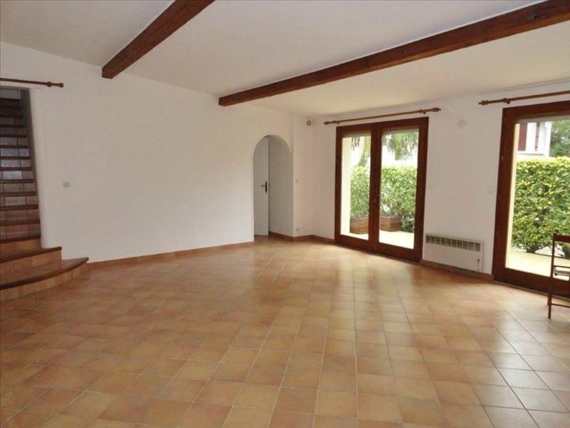 Locação casa Feucherolles 2180€ CC - Fotografia 1