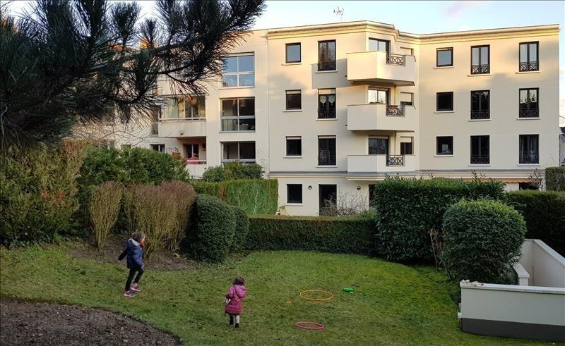 Location appartement Garches 2150€ CC - Photo 2