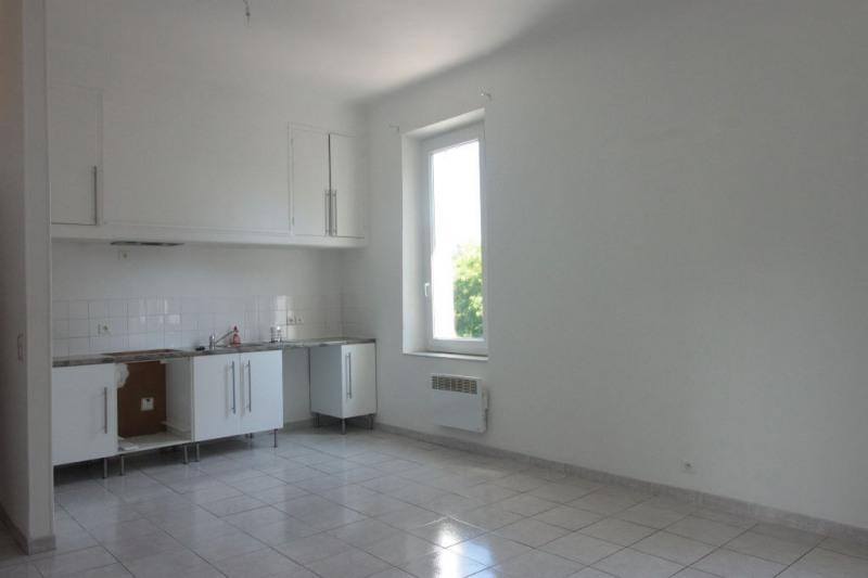 Sale apartment Marseille 136000€ - Picture 1