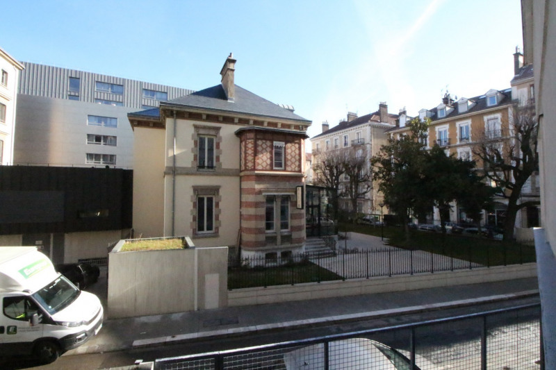 Sale apartment Grenoble 208 000€ - Picture 9