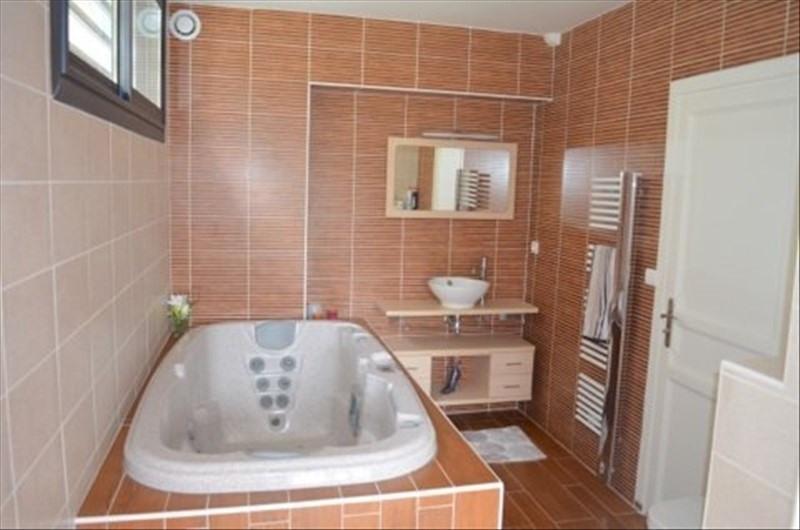 Vente de prestige maison / villa Jurancon 627900€ - Photo 4