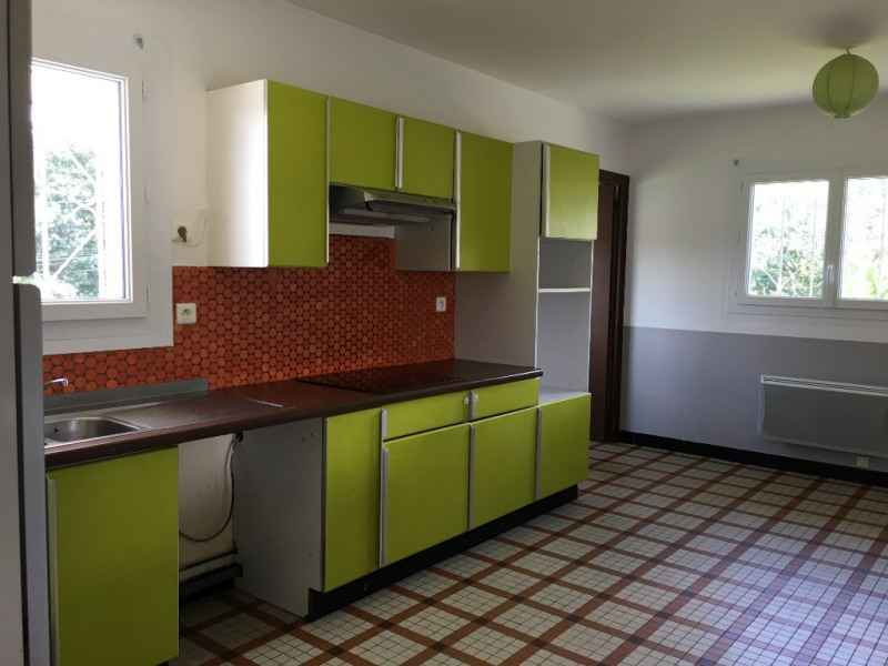 Location appartement Mees 750€ CC - Photo 1