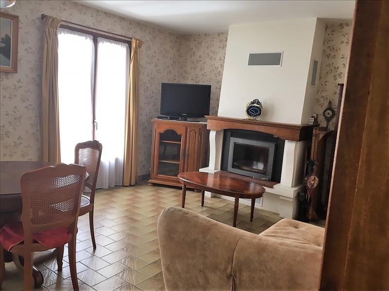 Sale house / villa Mellac 176 280€ - Picture 2