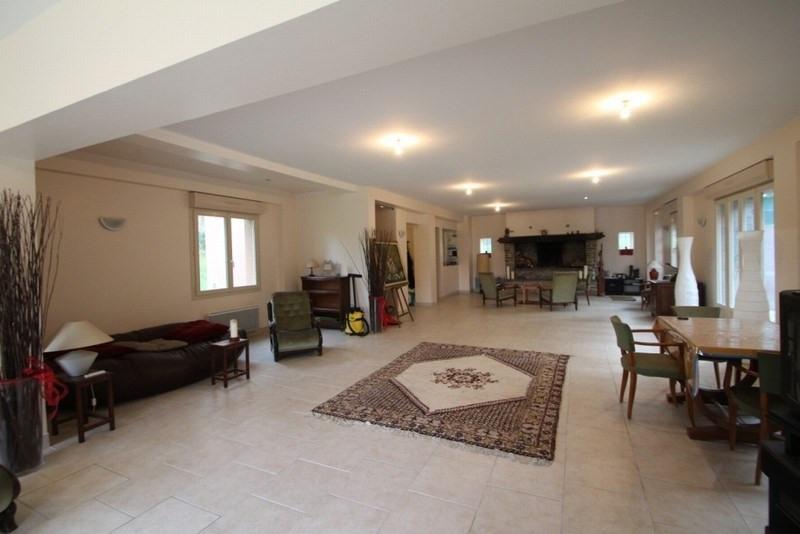 vente maison villa 5 pi ce s st lo 200 m avec 4 chambres 280 000 euros cabinet. Black Bedroom Furniture Sets. Home Design Ideas