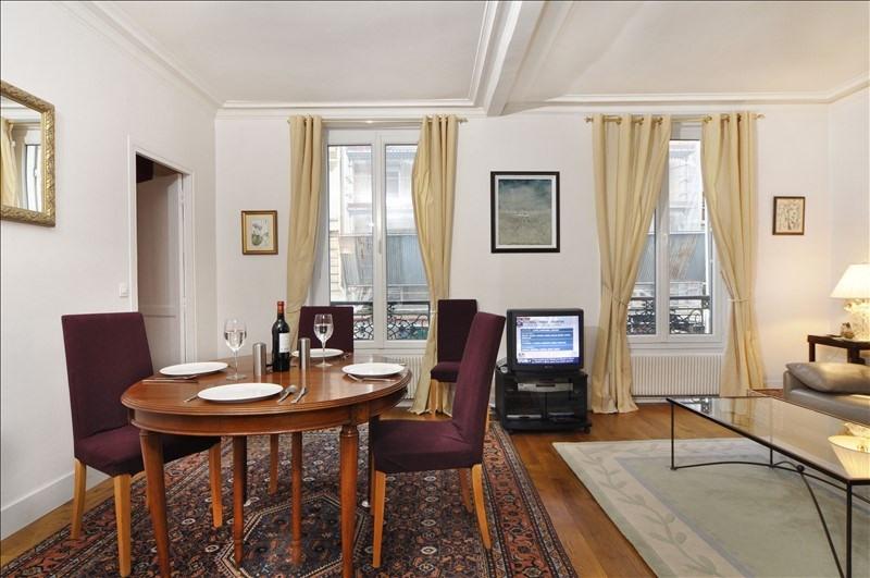 Location appartement Paris 8ème 2260€ CC - Photo 1