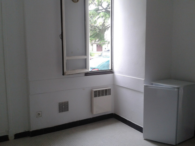 Rental apartment Bayonne 410€ CC - Picture 2