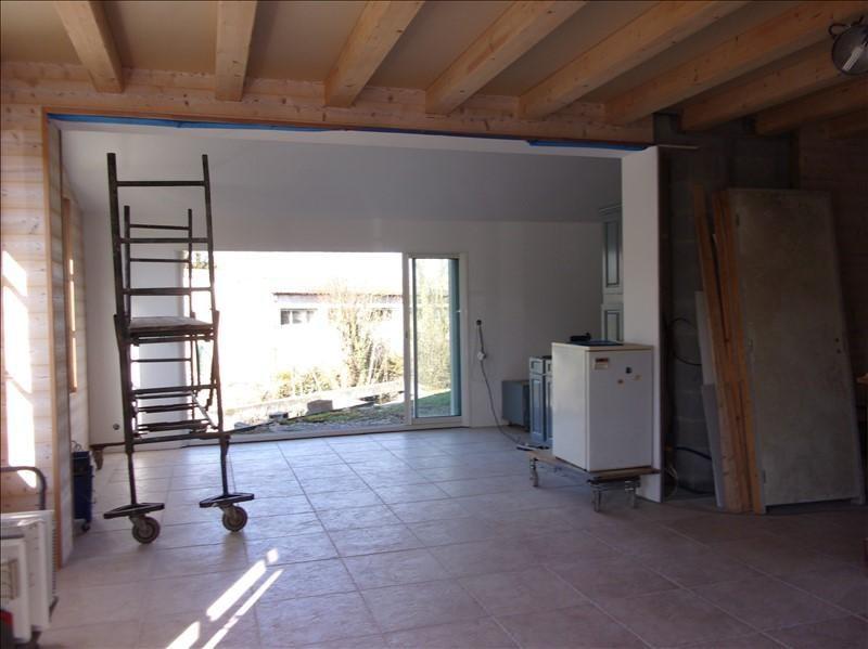 Sale house / villa Marais poitevin 210000€ - Picture 4