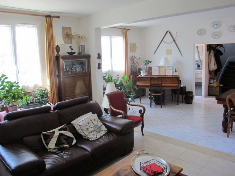 Sale house / villa Villemomble 375000€ - Picture 3