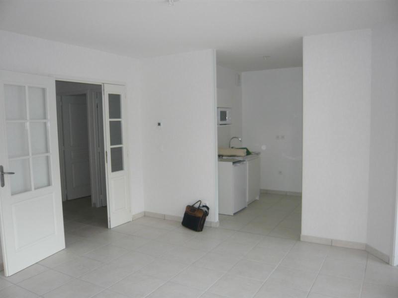 Location appartement Grenoble 737€ CC - Photo 2