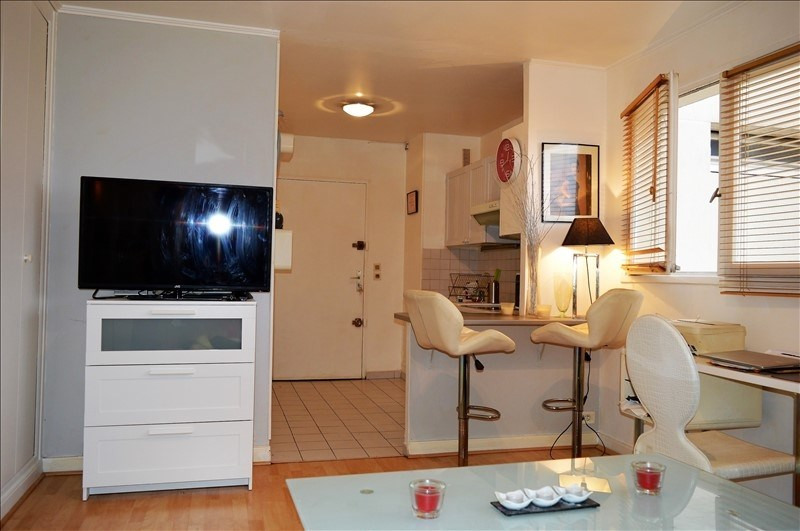 Investment property apartment La varenne st hilaire 159000€ - Picture 3