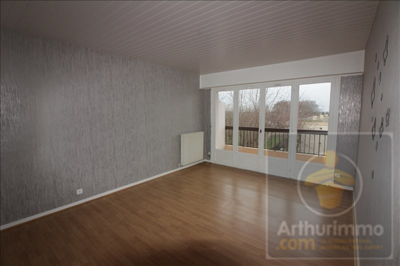 Rental apartment Rambouillet 654€ CC - Picture 2