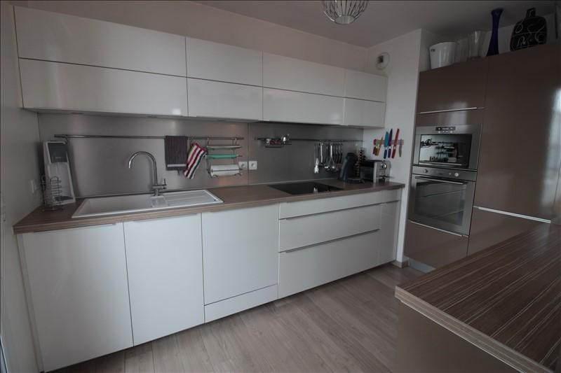 Sale apartment Annecy 370000€ - Picture 3