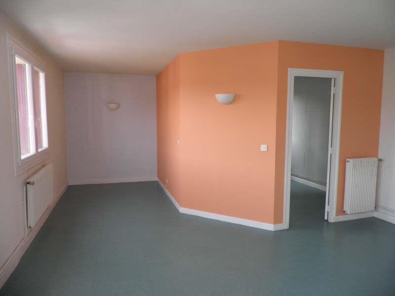 Location appartement Le puy en velay 363,75€ CC - Photo 2