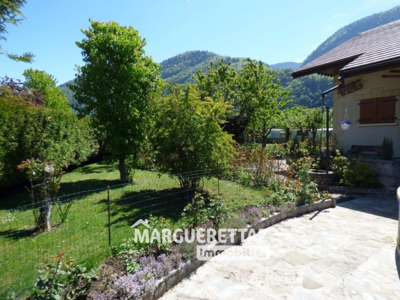 Sale house / villa Bonneville 380 000€ - Picture 2