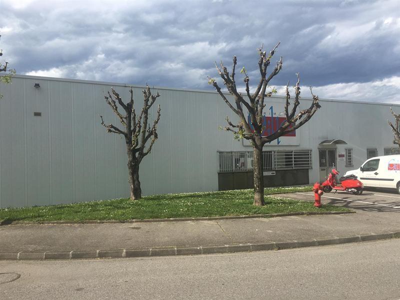 Location Local d'activités / Entrepôt Poisat 0