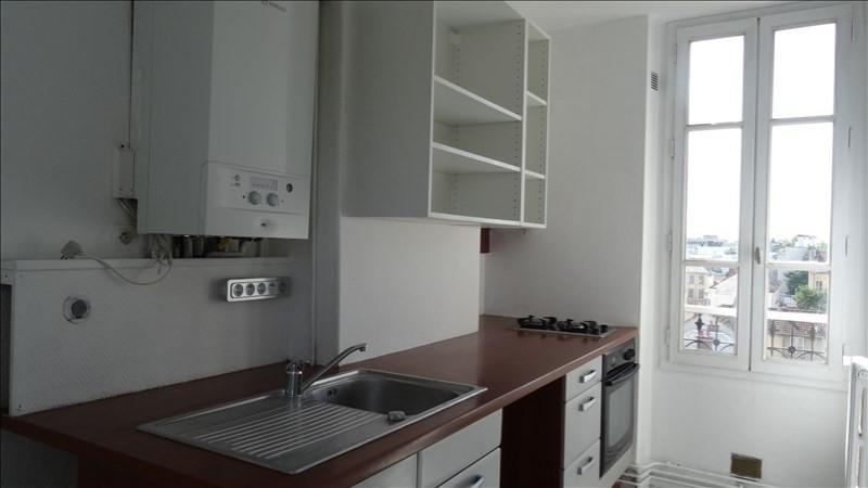 Rental apartment Versailles 1075€ CC - Picture 2