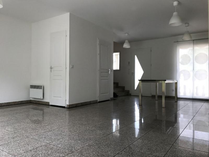 Rental house / villa La ville du bois 1310€ CC - Picture 2