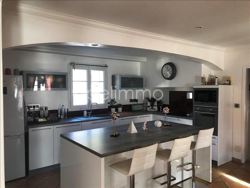 Deluxe sale house / villa La barben 585000€ - Picture 2