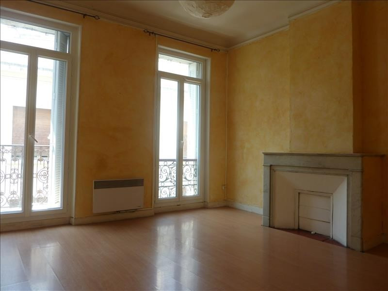 Rental apartment Marseille 4ème 785€ CC - Picture 1