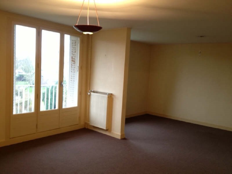 Location appartement St cyr l'ecole 1 199€ CC - Photo 1