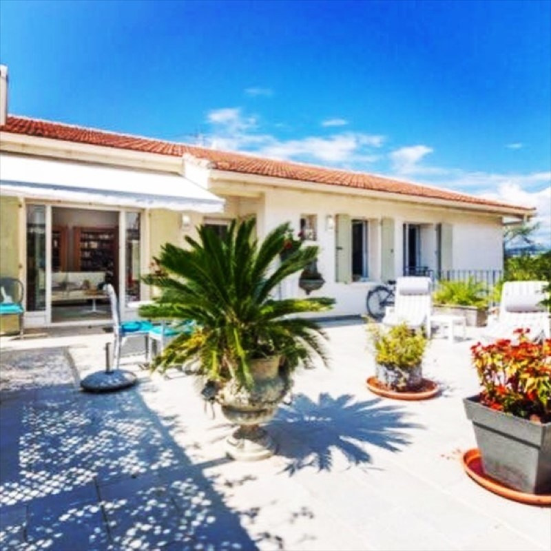 Deluxe sale house / villa Cannes la bocca 795 000€ - Picture 1