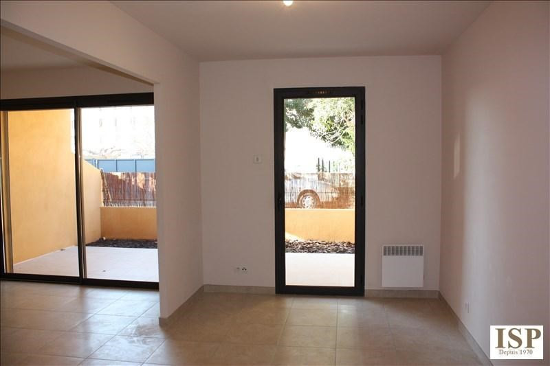 Location appartement Luynes 841€ CC - Photo 9