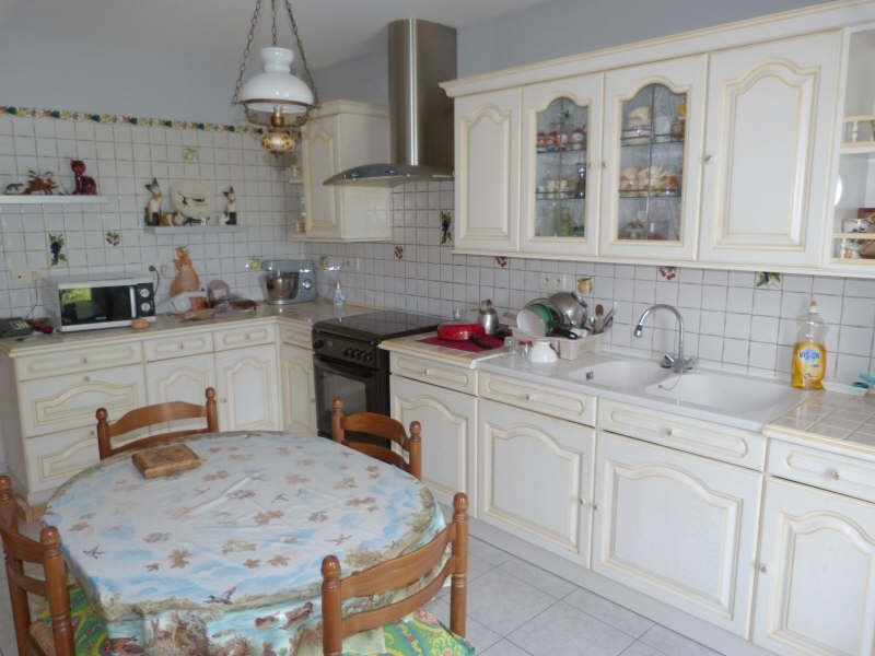 Sale house / villa Secteur chateau-renard 153 500€ - Picture 4