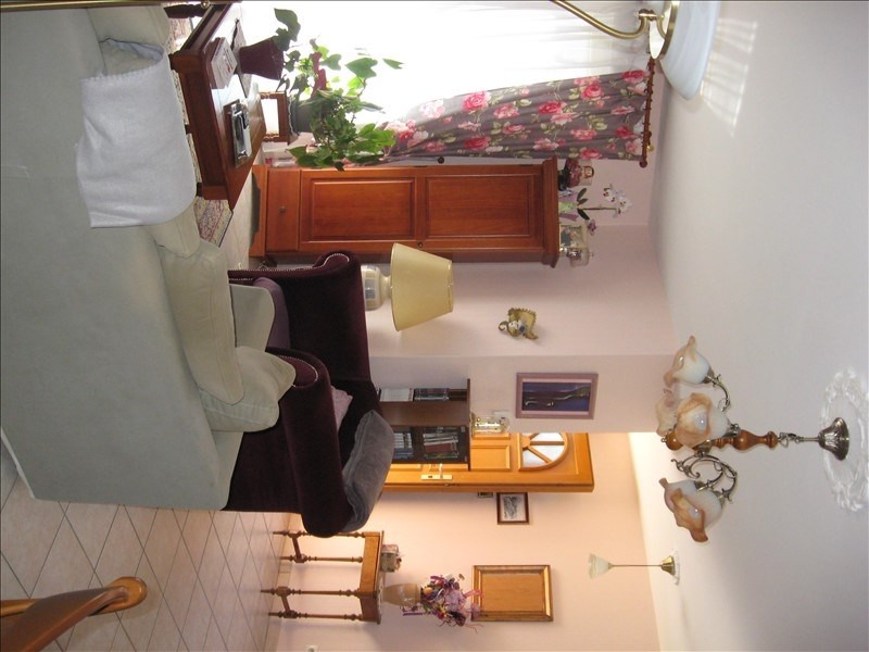 Location maison / villa Loyettes 960€ CC - Photo 9