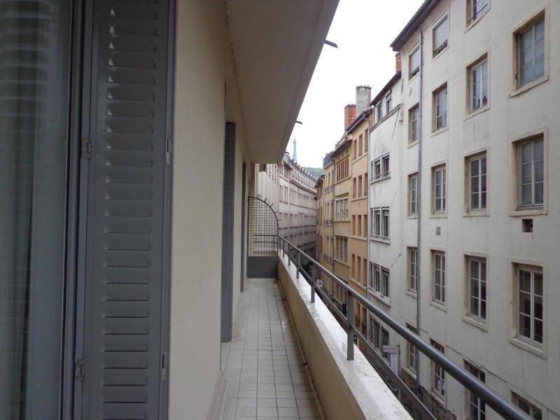 Location appartement Lyon 2ème 816€ CC - Photo 8