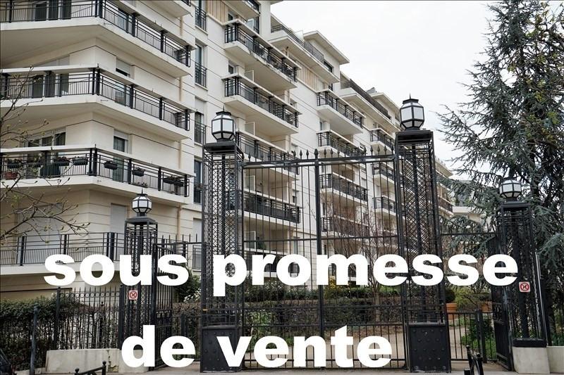 Sale apartment Courbevoie 721000€ - Picture 1